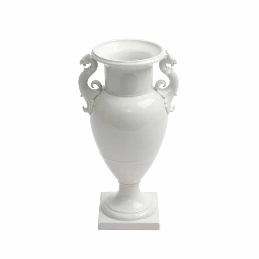 "KPM BERLIN ""French Vase"", 20. Century - photo 1"