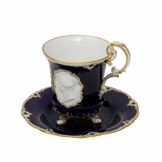MEISSEN historicism Cup with saucer, 1860-1924. - photo 1