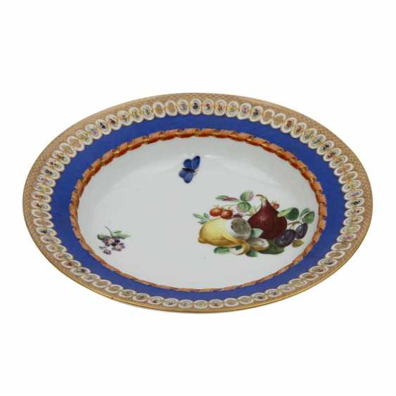 MEISSEN plate with fruits, bouquet painting, 1817-1824 - photo 1