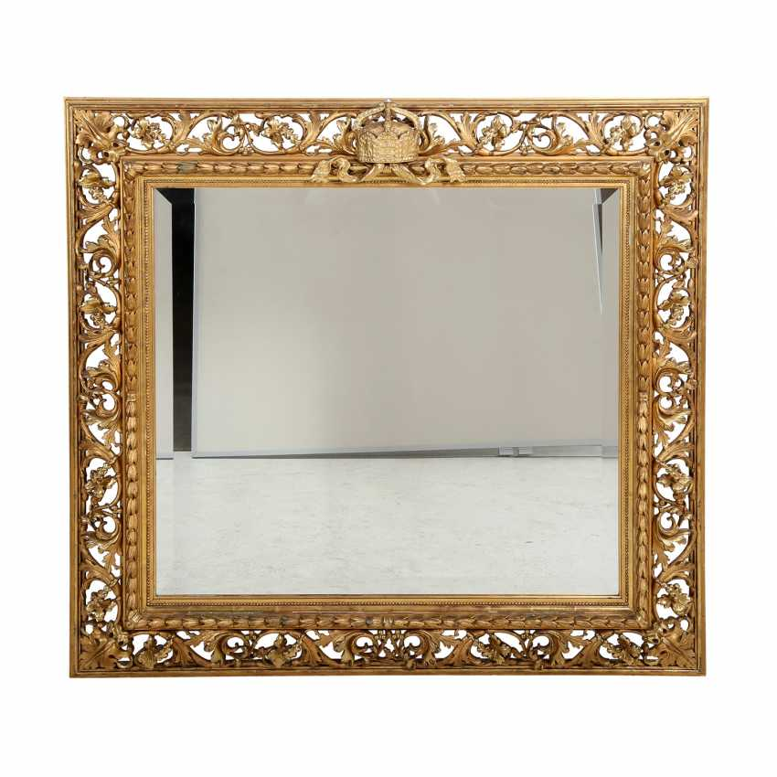 WALL MIRROR WITH IMPERIAL CROWN - photo 1