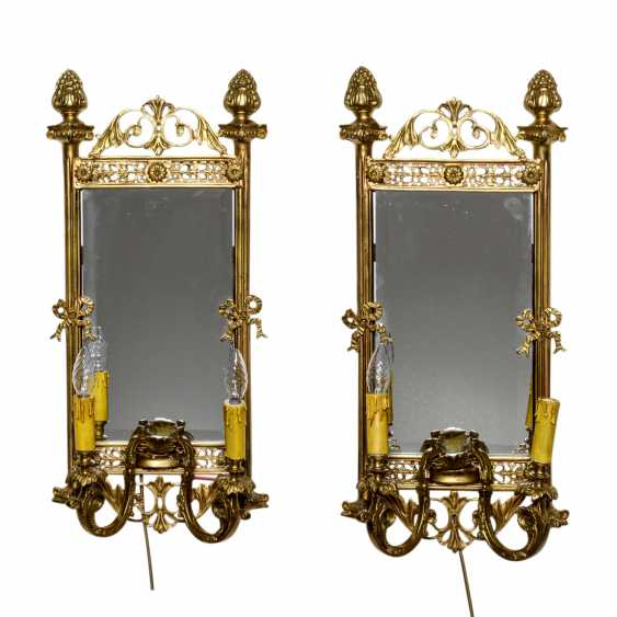 PAIR OF MIRRORS / WALL APPLIQUES IN THE LOUIS XVI STYLE - photo 1