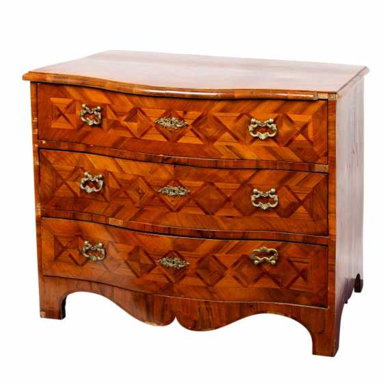 DRESDEN'S BAROQUE CHEST OF DRAWERS - photo 1