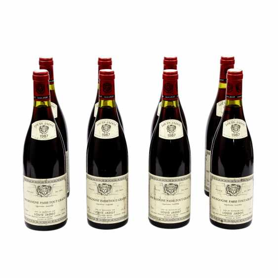 8 Bottles LOUIS JADOT-BOURG OGNE PASSE-TOUT-GRAINS 1987 - photo 1