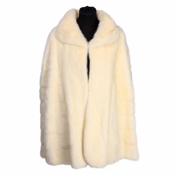 Fur Cape, size approx.: 36-44. - photo 1