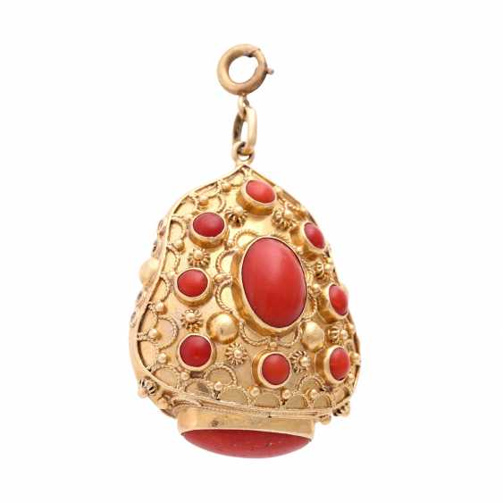 Pendant with coral, - photo 1
