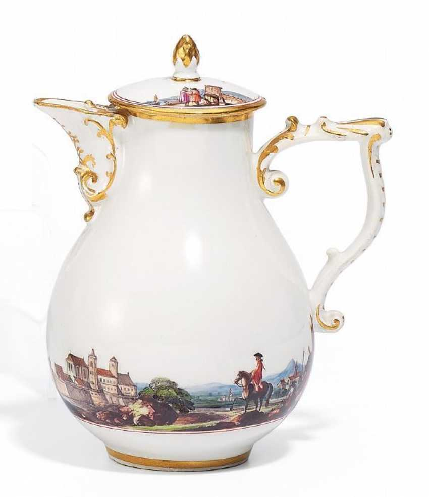 POT WITH CONTINUOUS LANDSCAPE PANORAMA. Meissen. Around 1740.