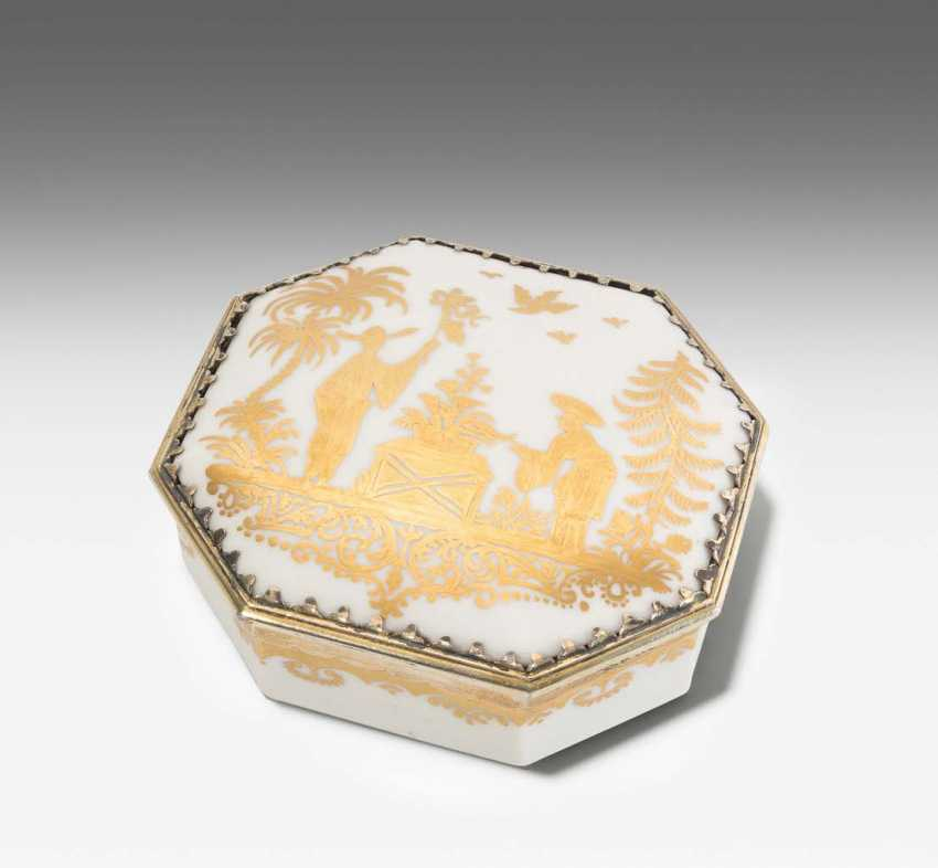 Lidded box, Meissen, and Augsburg - photo 2