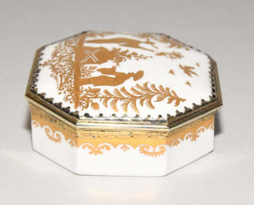 Lidded box, Meissen, and Augsburg - photo 4