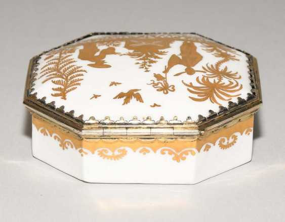 Lidded box, Meissen, and Augsburg - photo 5