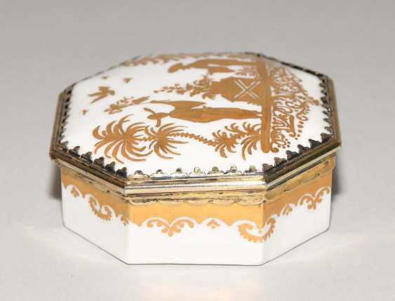 Lidded box, Meissen, and Augsburg - photo 6
