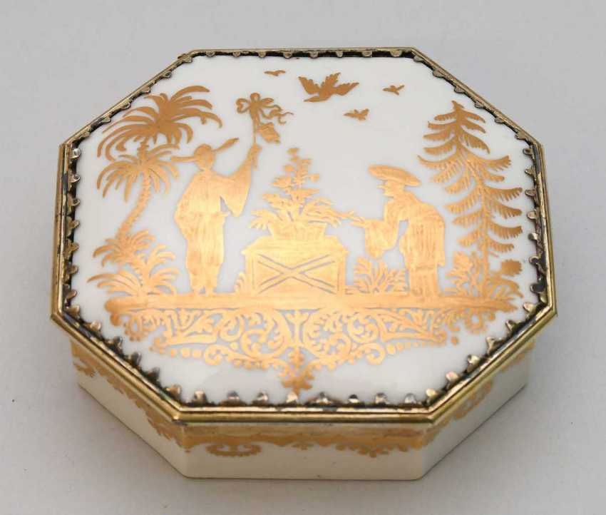 Lidded box, Meissen, and Augsburg - photo 7