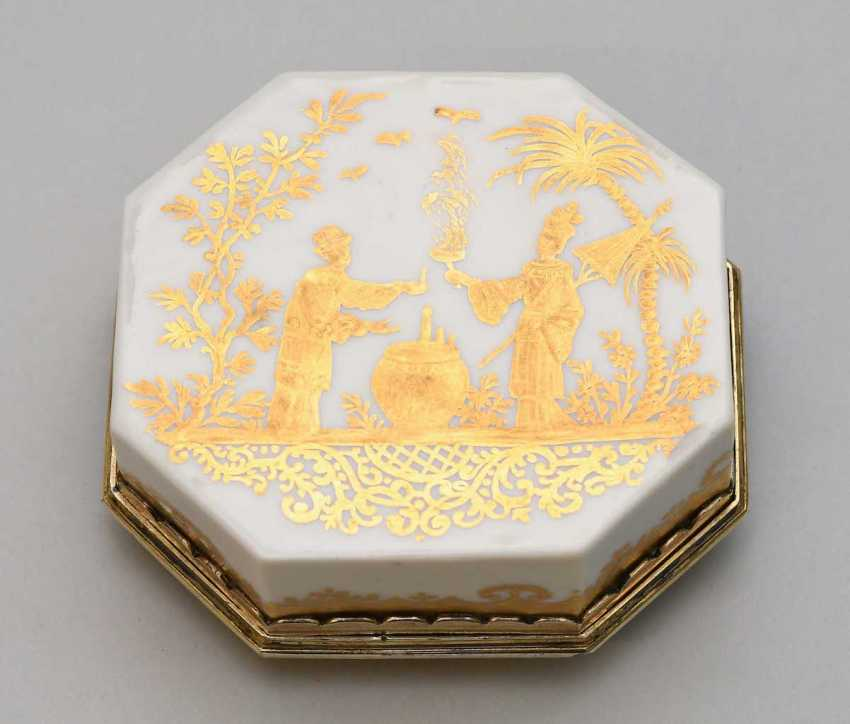Lidded box, Meissen, and Augsburg - photo 8