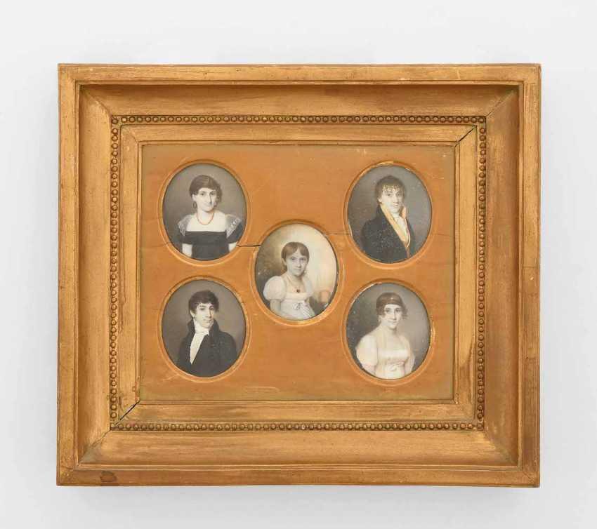 Family Portrait - photo 1