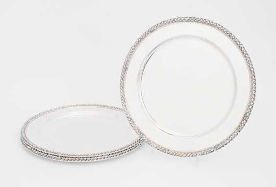 Set: 4 Square Plates - photo 1