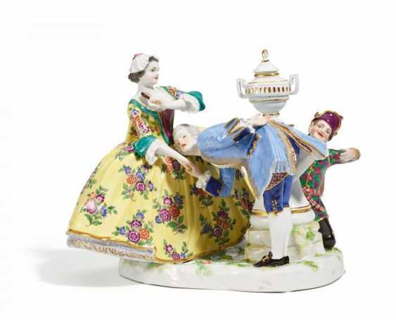 GROUP 'KISS MY HAND'. Meissen. Prior to 1924. J. J. Kaendler. - photo 1