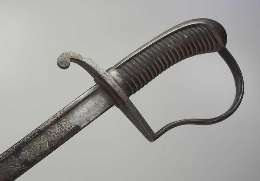 Lot 1684  Saxe : Offizierssäbel avec lame en acier damas  du