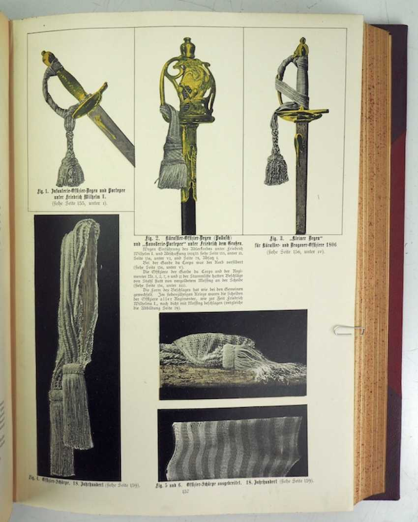 Lot 1981  C  Kling, history of clothing, armament and equipment of