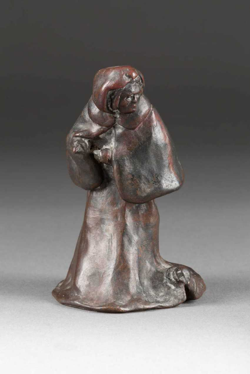 UNKNOWN image sculptor Active around 1900 figural table bell - photo 1