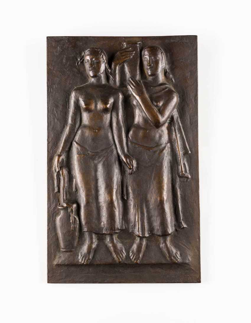 GERMAN sculptor Active 1. Half of the 20. Century relief panel with two female figures - photo 1