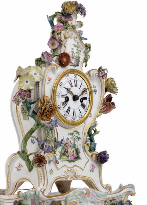 Porcelain mantel clock with Watteau painting - photo 2