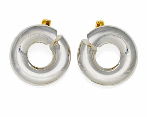 Platinum Hoop Earrings. Pollinger, Max-18.2.1932 Munich - 26.12.2000 Munich. - photo 1