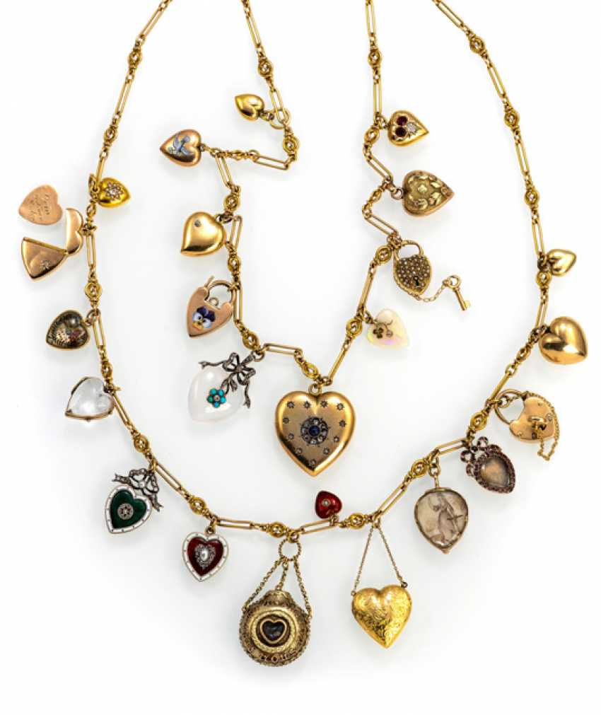Collection of 24 antique heart pendants - photo 1