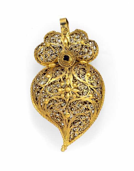 Filigree Baroque Heart Pendant - photo 1