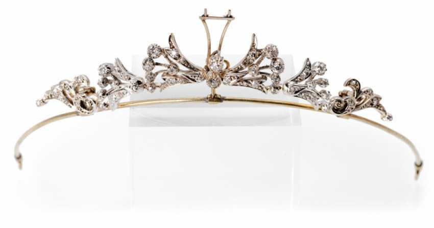 Diadem with diamonds - photo 1