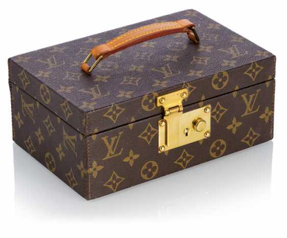 Louis Vuitton - Box has All Monogram Canvas - photo 1