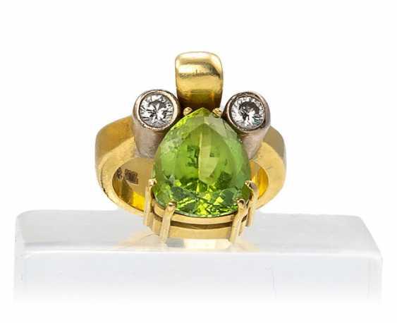 Ring with Peridot and diamonds - photo 1