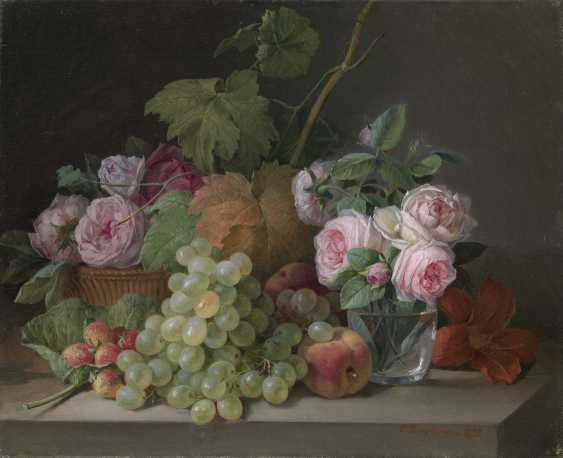 TOROPOV, FOMA (1821-1898) Still Life with Grapes and Roses , signed and dated 1892. - photo 1
