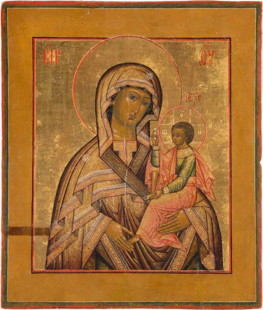 A FINE ICON OF THE MOTHER OF GOD HODEGETRIA OF SHUIA, AND SMOLENSK (SCHUJSKAJA-SMOLENSKAYA) - photo 1
