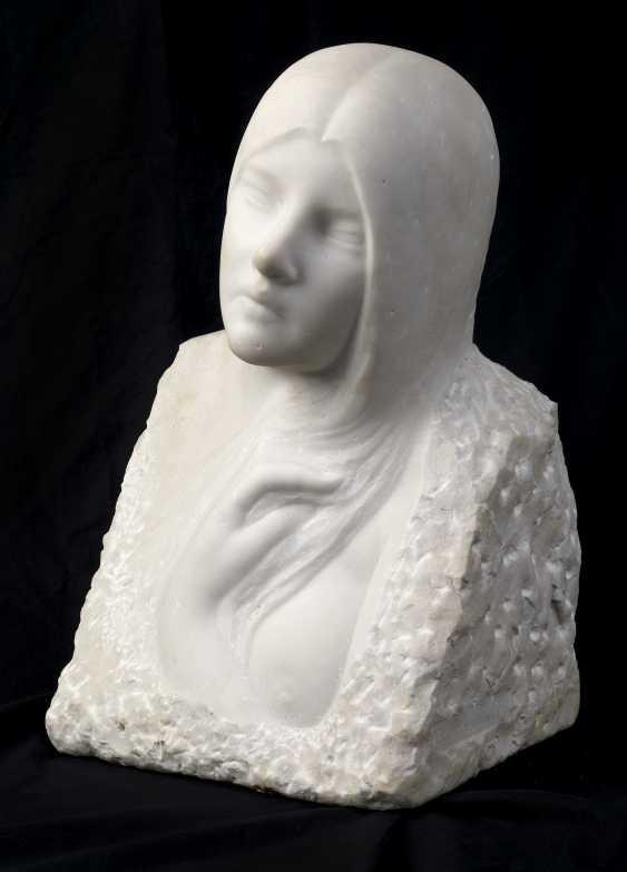 SCHWARTZ, RAPHAEL (1884-1942) Female Head , signed. - photo 1