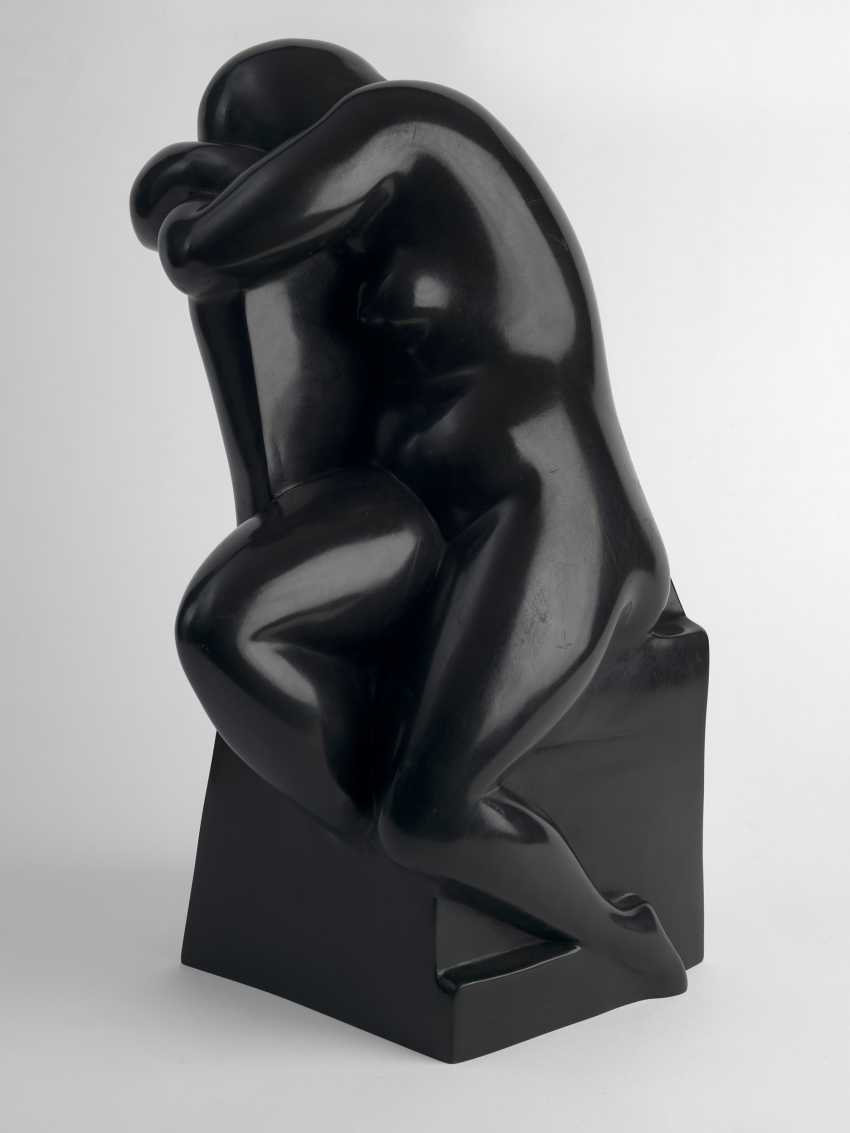 "ORLOVA, HANNA (1888-1968) Nude in an Armchair , signed, dated 1927 and inscribed with the foundry mark ""Alexis Rudier/Fondeur Paris"". - photo 1"
