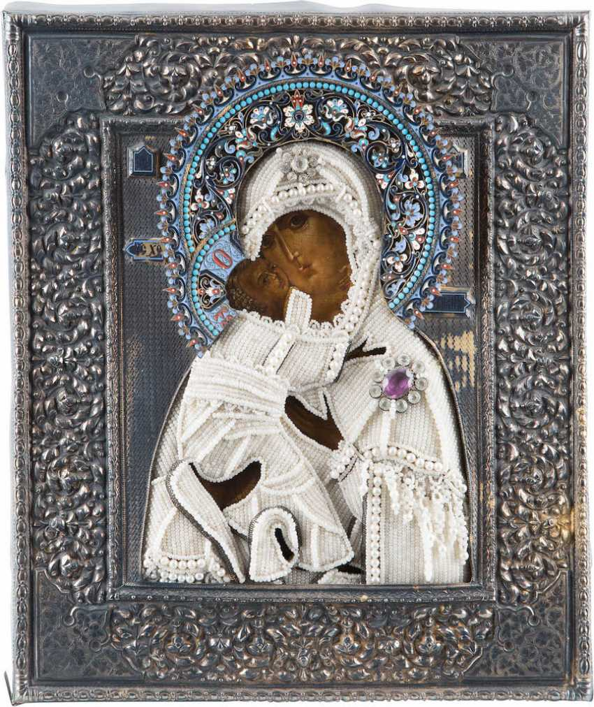 VERY FINE ICON OF THE MOTHER OF GOD OF VLADIMIR WITH PEARL AND CLOISONN ENAMEL OKLAD - photo 1