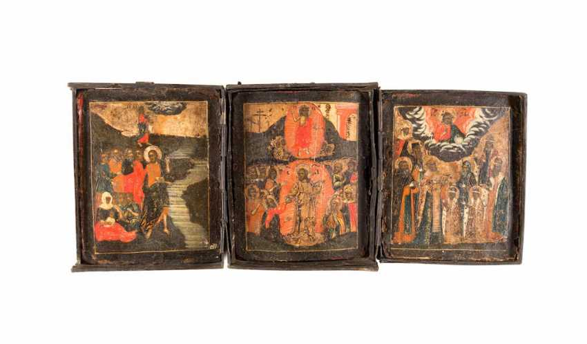 SMALL TRIPTYCH WITH THE RESURRECTION OF CHRIST, THE BAPTISM OF THE MANY AND THE PATRONAGE OF THE HOLY - photo 2