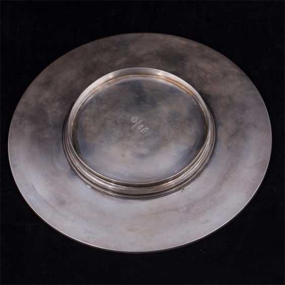 Vase caviar on a saucer - photo 3