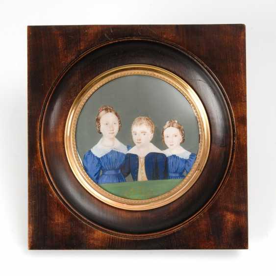 Biedermeier-Miniatur: 3 Geschwister. - Foto 1