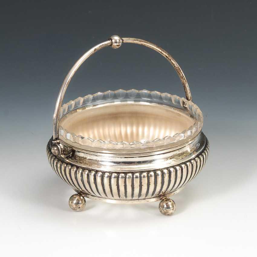 Silberne Henkelschale mit Glaseinsatz. - Foto 1