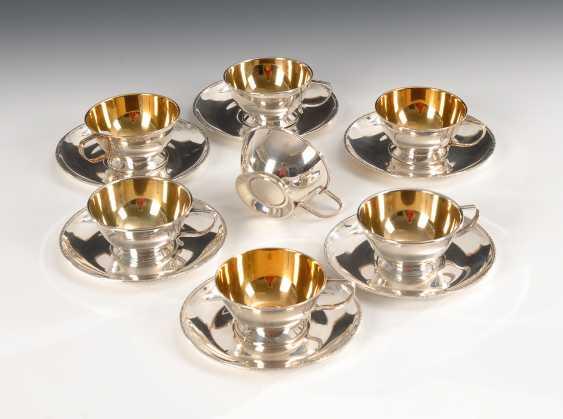 7 silberne Tassen und 6 Untertassen. - Foto 1