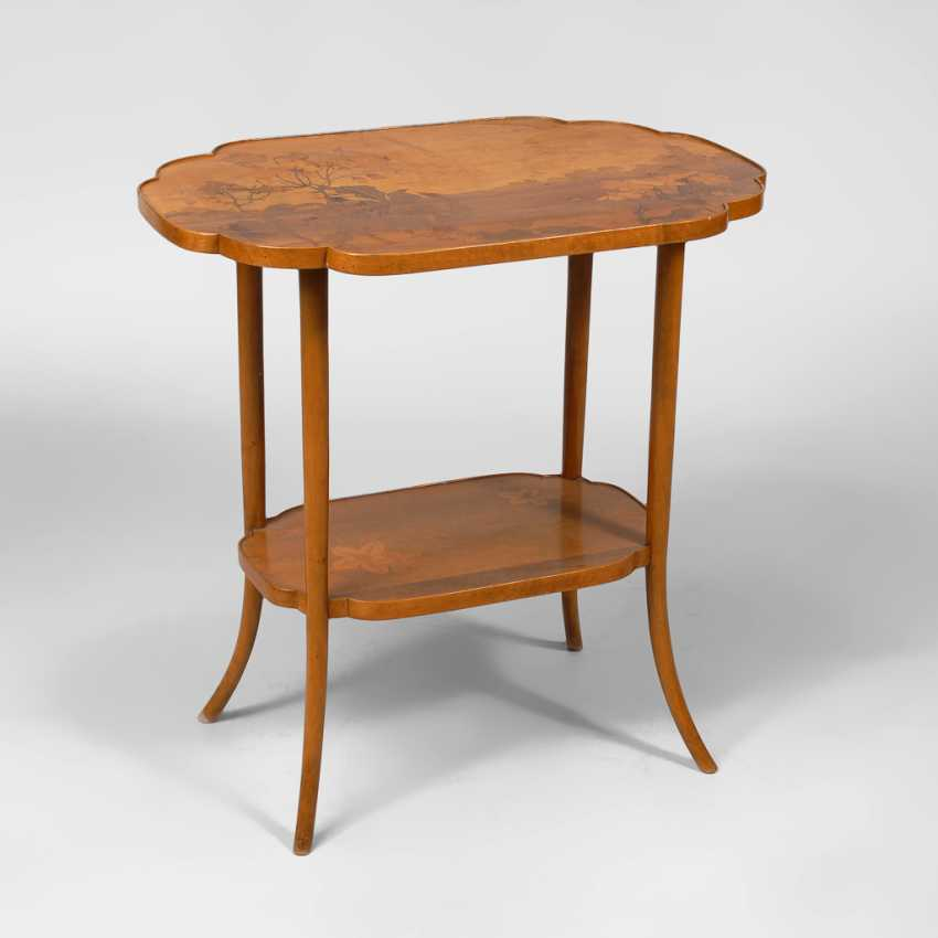 Signiertes Jugendstil-Tischchen, ÉMILE GALLÉ. - Foto 1