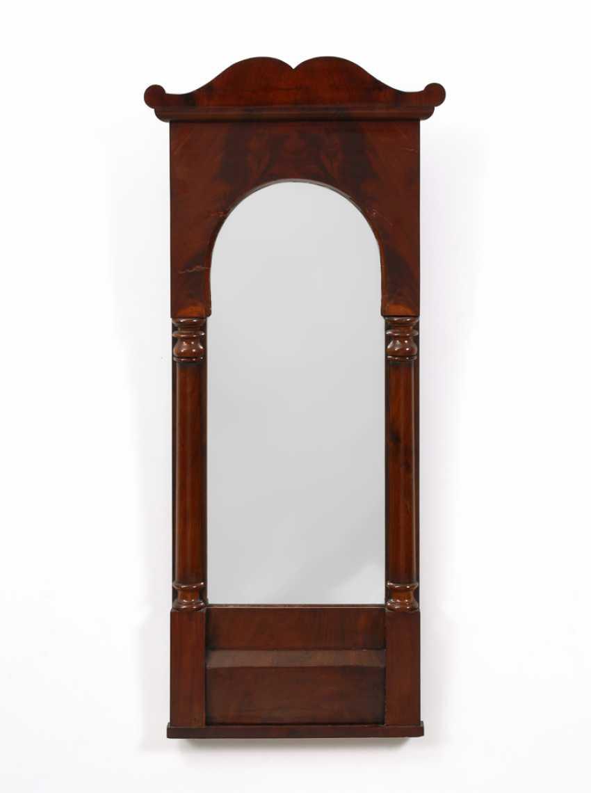 Kleiner Mahagoni-Spiegel. - Foto 1