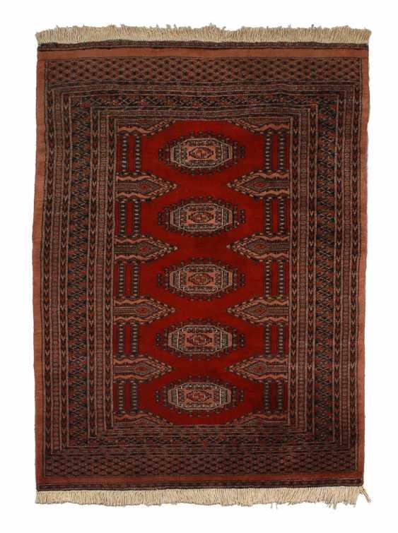Kleiner Buchara-Teppich. - Foto 1