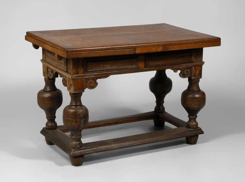 Ausziehbarer Barock-Tisch. - Foto 1