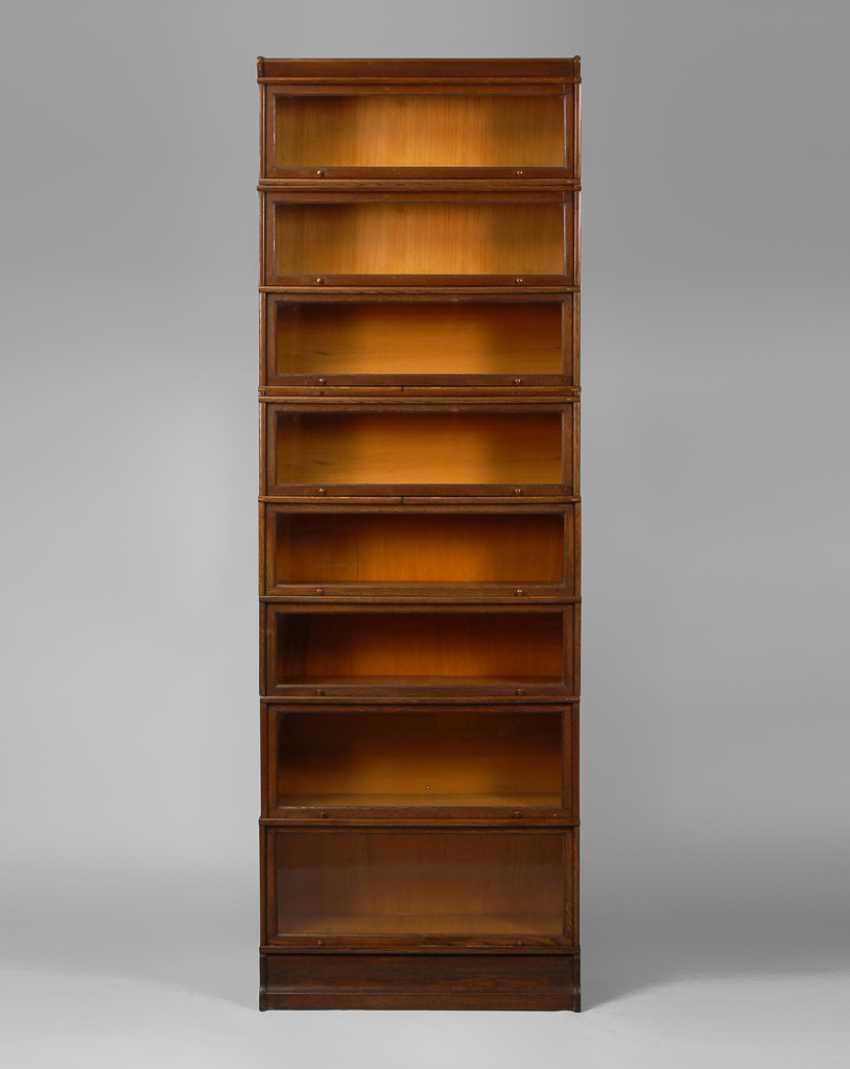 Englischer Bücherschrank. - Foto 1