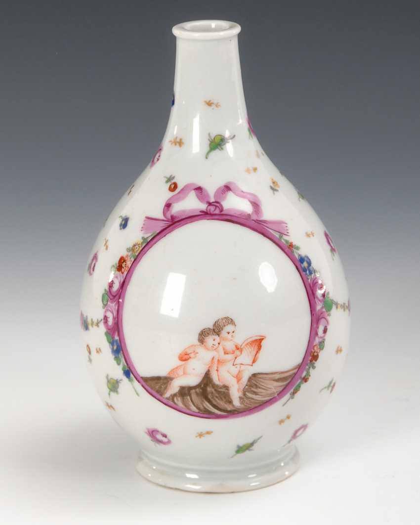 Baroque Milk Bottle Gera. - photo 1