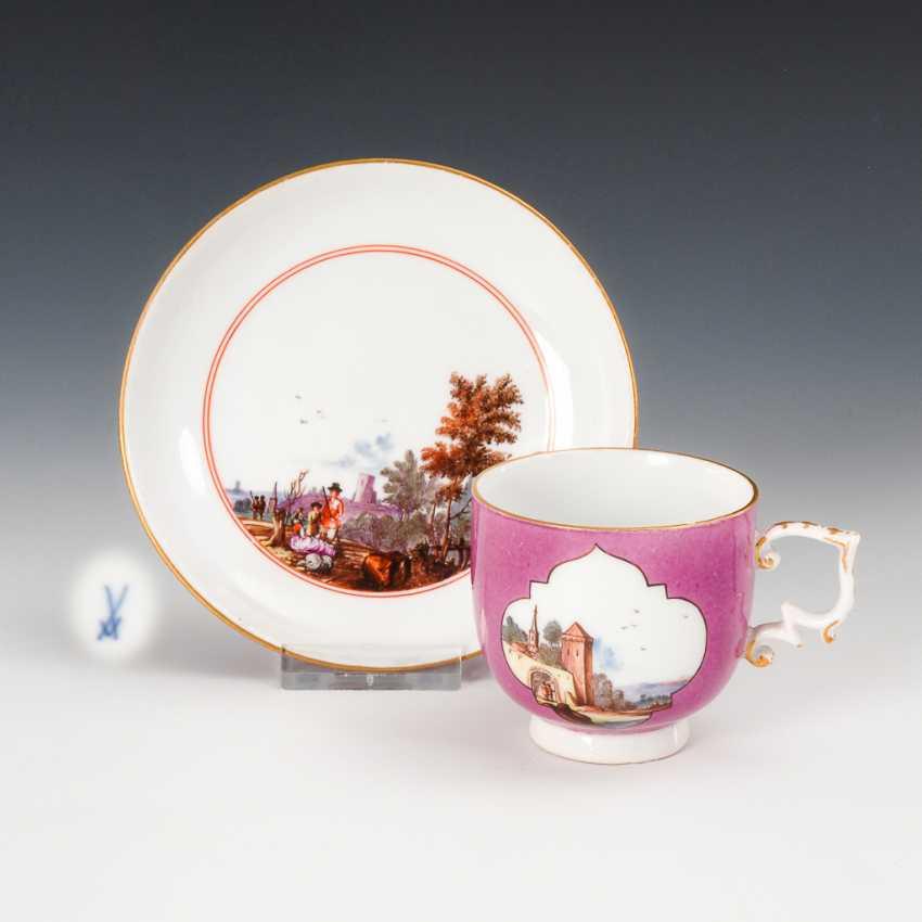 Barocke Tasse mit Landschaftsmalerei, Meissen. - Foto 1