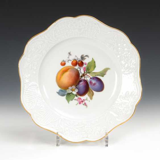 Wall plates with fruit painting, Meissen. - photo 1