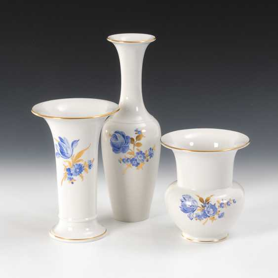 3 Vasen mit blauer Blumenmalerei, KPM Berlin. - Foto 1