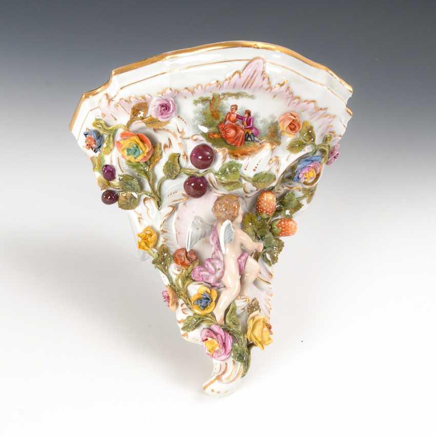 Konsole mit Blüten- und Fruchtbelag, Potschappel. - Foto 1